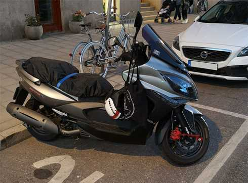 Kymco Exciting 500 I stulen i centrala Stockholm
